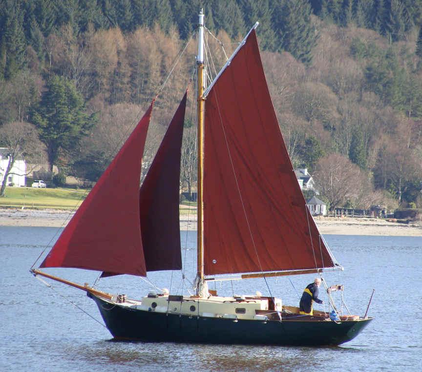 ROBERTS 31 fiberglass boat plans